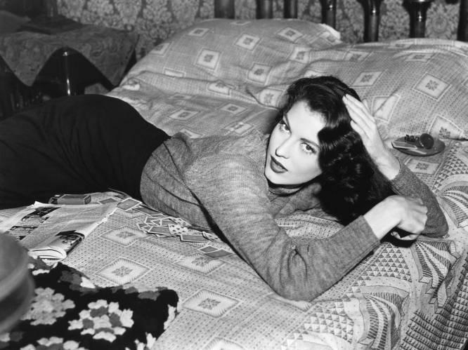 Gewelddadig huwelijk met Sinatra, stiekeme romances met vrouwen: het tumultueuze liefdesleven van Ava Gardner