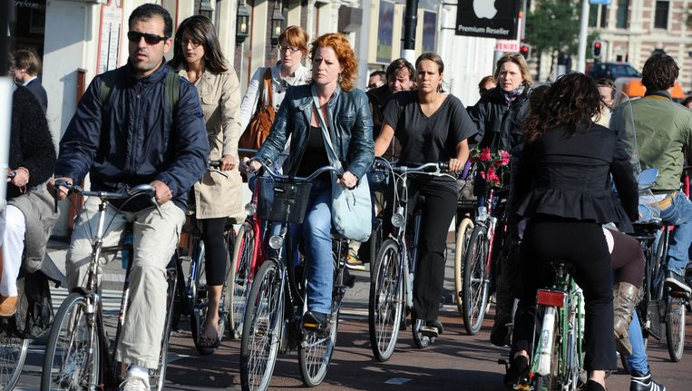 Fietsers in Amsterdam Beeld anp