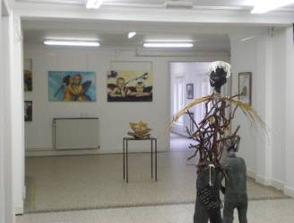 Meer dan vijftig beeldende kunstenaars exposeren vier dagen lang in Kasteel Ravenhof