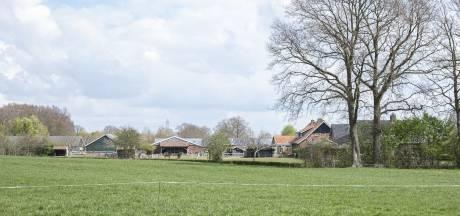 Enterse boer vreest voor zijn toekomst: 'Plannen zorgboerderij zijn onacceptabel'