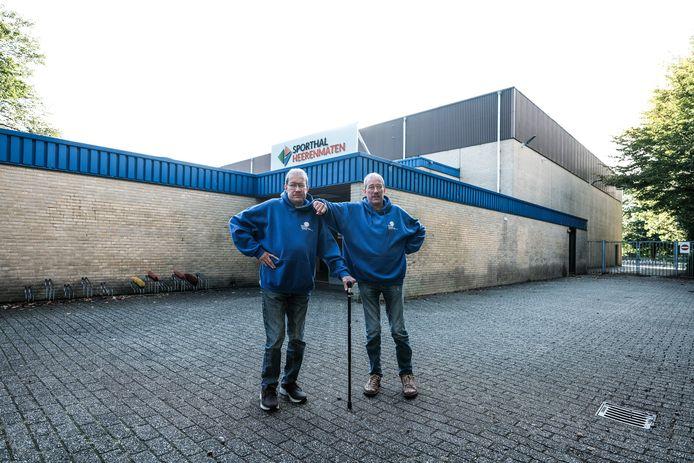 Mark en Mike Peters voor de Heerenmäten.