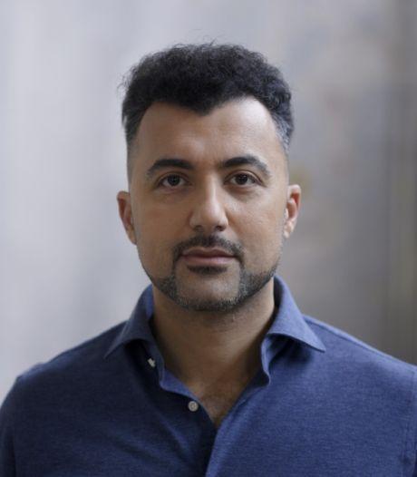 NPO haalt De Vrijdenkers offline zonder medeweten van presentator Özcan Akyol