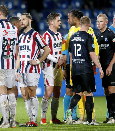 Willem II-aanvoerder Peters baalt na afstraffing: 'Je moet samen knokken, dat hebben we nagelaten'