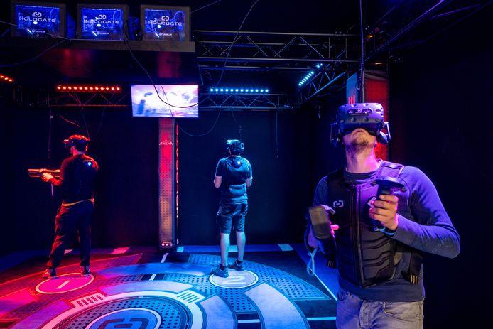 Er is ook een VR-ruimte waarin je levensecht kan gamen in een virtuele wereld.