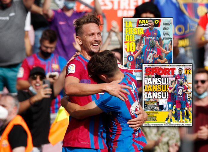 Luuk de Jong viert zijn eerste goal voor Barça, de covers met Ansu Fati.
