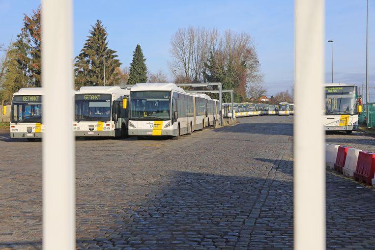 De bussen van De Lijn reden de stelplaats niet uit.