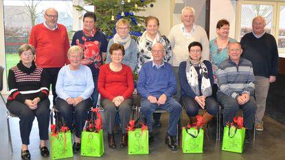 Senioren Molenhoek zetten kampioenen in de bloemetjes