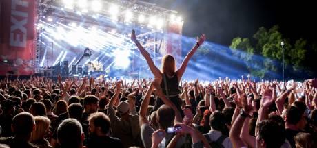 Code oranje of niet, Eindhovens bureau biedt reizen aan naar groot festival in Servië: 'Bezoeker moet zelf besluiten'