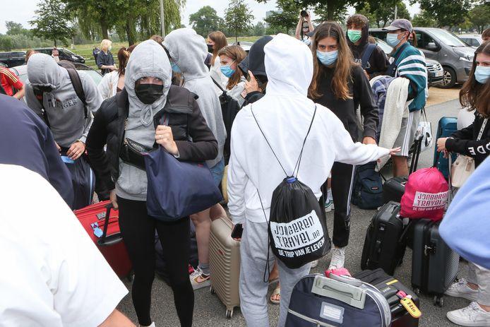In totaal zijn vrijdagmiddag 122 besmette personen teruggekeerd uit Spanje.