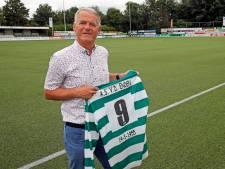 Ad (66) al halve eeuw steunpilaar bij jubilaris SV Heinenoord: 'Als speler mijn trainer betalen was bijzonder'