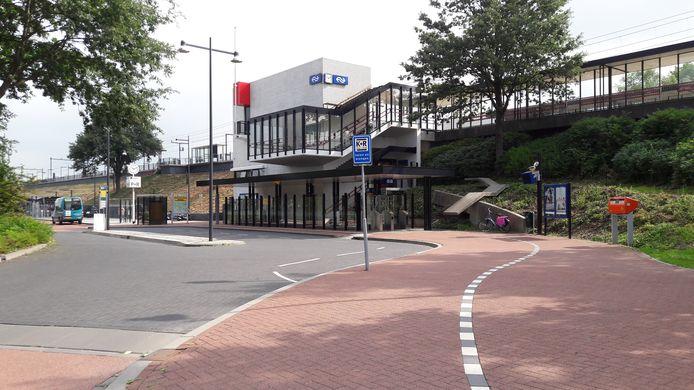 Station Zaltbommel