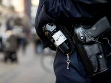 Man slaat vrouw op straat dood met fles in Leeuwarden
