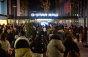 Vrijdagavond was het druk in het centrum van Rotterdam tijdens de koopavond op Black Friday.