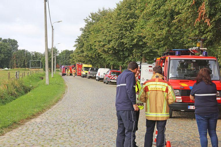 De Lindestraat werd afgesloten voor alle verkeer en er werd een veiligheidsperimeter ingesteld.