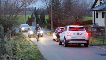 Sluipverkeer tussen Beert en Halle blijft probleem: stadsbestuur plaatst tractorsluizen