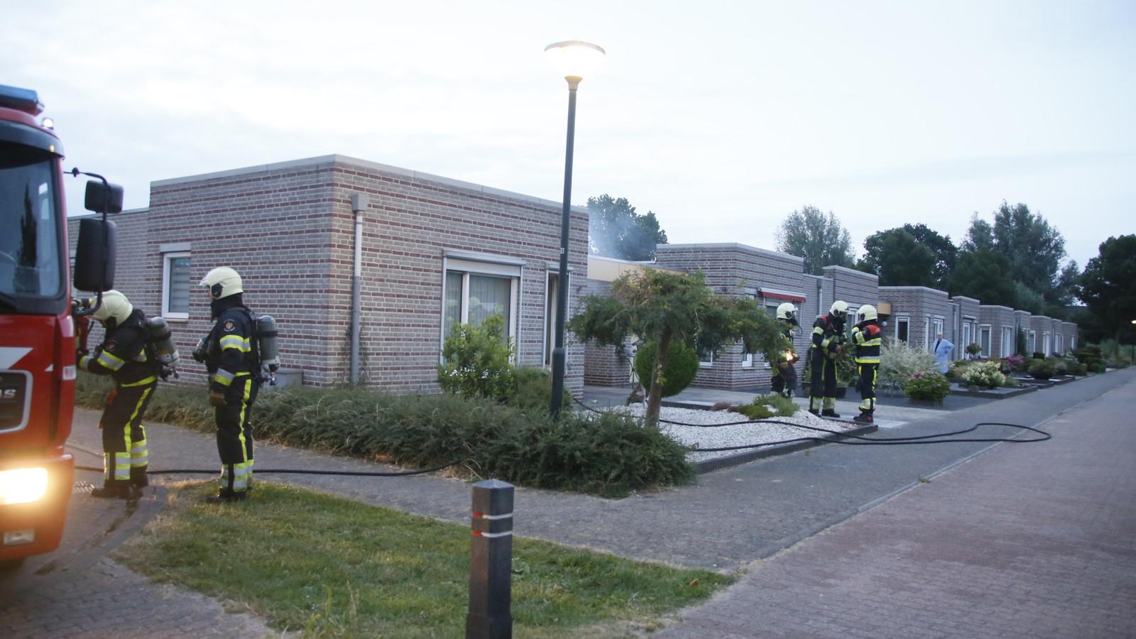 Brand in woning aan de Rietven in Veghel.