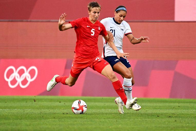 Quinn in actie tijdens de verrassend gewonnen halve finale tegen de Verenigde Staten. Beeld AFP