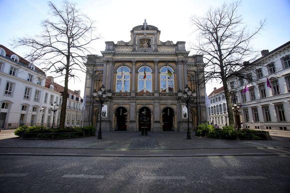 URB EGG-café komt aan de Stadsschouwburg in Brugge.