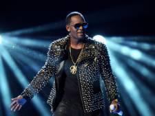 R. Kelly treedt 28 seconden op: 'Ik moet ook geld verdienen'