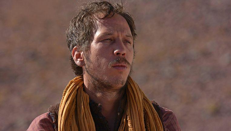 Reda Kateb in de film Loin des hommes, waarin hij een Algerijn op de vlucht speelt. Beeld -