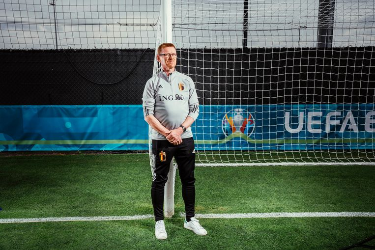 Guido Van Onsem: 'Niet iedereen is zoals Eden Hazard, die zelfs in de spelerstunnel nog streken durft uithalen. Voor de meesten is opperste concentratie cruciaal.' Beeld © Stefaan Temmerman