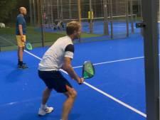 Eerste padeltoernooi in Amersfoort: 'Je hoeft niet heel atletisch te zijn om dit te kunnen'