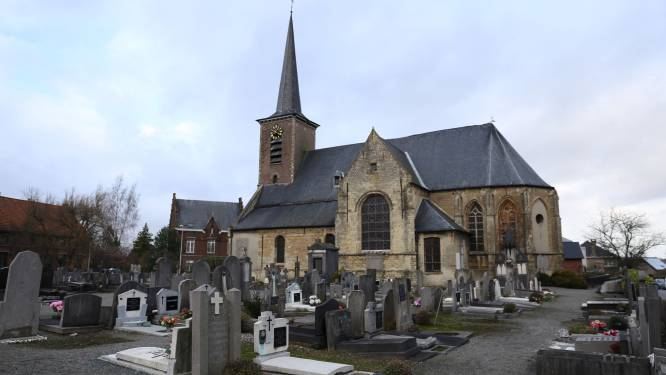 Gevels en kerkhofmuur Sint-Ulrikskerk worden opgeknapt dankzij erfgoedpremie