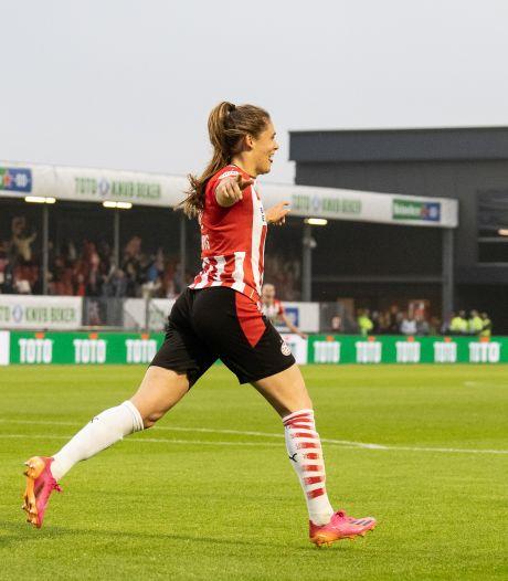 Met doelpunt 52 bezorgt Bossche Joëlle Smits PSV de beker