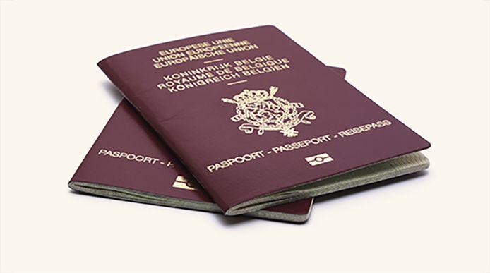 Prijs van reispas afhankelijk van waar je woont: zoveel kost paspoort in  jouw gemeente | Binnenland | hln.be