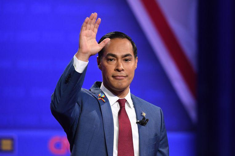Julián Castro, die meedong naar de Democratische nominatie, gooit de handdoek in de ring. Beeld AFP