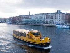 Gorcumse elektrische veren helpen Denen over het water in hoofdstad Kopenhagen