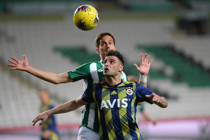 Deniz Turuc afgelopen zaterdag in actie in het lege stadion van Konyaspor.