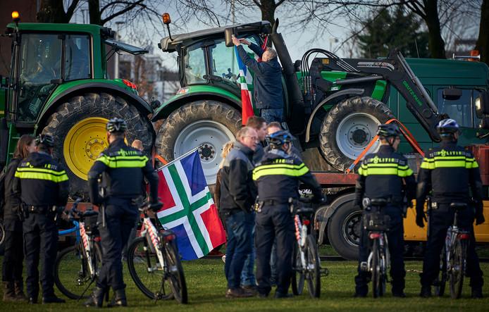 Groningse boeren protesteren in Den Haag