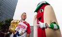 Uittredend hotdog-eetkampen Joey 'Jaws' Chestnut is klaar voor de strijd van zondag.
