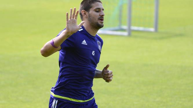 Mitrovic vijf jaar naar Newcastle