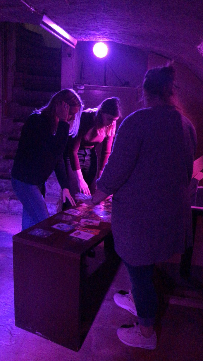 Een team draait zondagmiddag proef in de escape room aan de Grote Markt. Met als doel kinderziektes uit het spel halen.