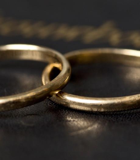 OPROEP | Waarom wint samenwonen het steeds vaker van trouwen?