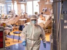 Nouveau record de 22.000 infections en 24h en Italie: des émeutes du nord au sud