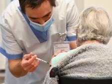 Feu vert pour une troisième dose de vaccin pour les personnes de plus de 85 ans