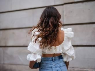 Na de coronacoupe zoeken we ons heil in de 'healthy hair journey'. Beautyredactrice Sophie legt uit hoe je stralend en gezond haar krijgt in 4 stappen