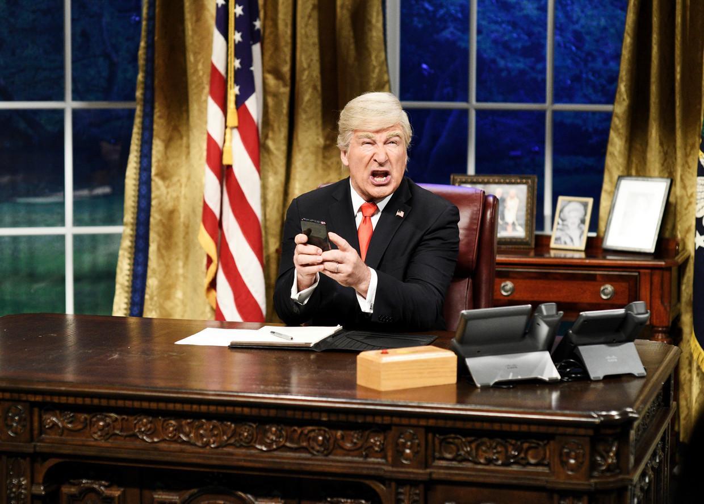 Alec Baldwin als Donald Trump in Saturday Night Live. Beeld Getty Images