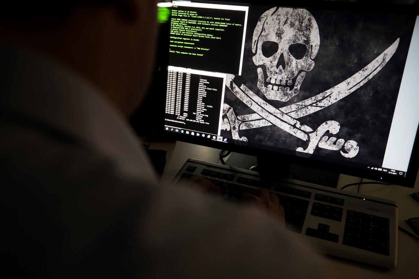 Een beeld van en gehackte computer ter illustratie.
