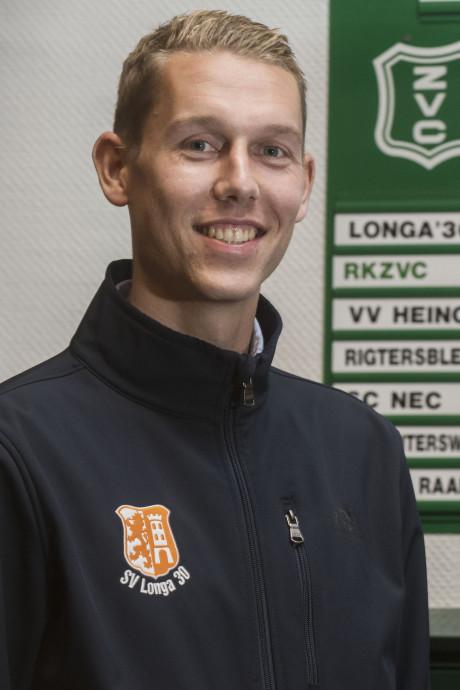 Longa'30-captain Simon klein Goldewijk breekt been en enkel