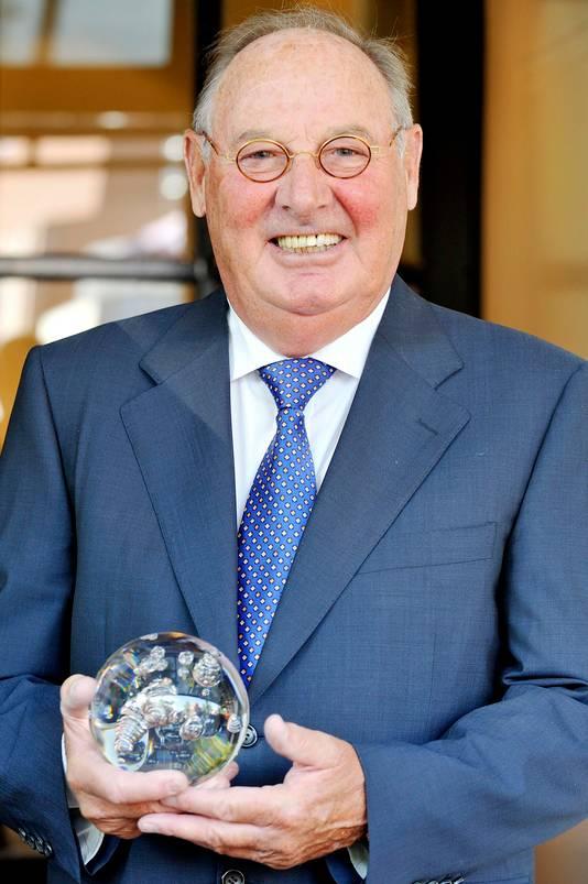 In 2010 ontving Leo van Schayik de gemeentelijke onderscheiding De Parel.