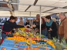 Vrijdagmarkt blijft op Van Bergenplein in Etten-Leur