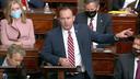 Senator Mike Lee spreekt in de Senaat als de vergadering wordt hervat