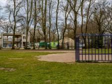 'Raar': Speelveldje basisschool maakt plaats voor parkeerplaats nieuw gemeentehuis Twello