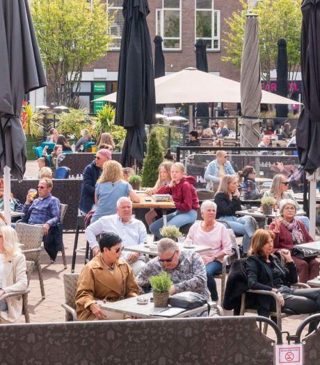 Veel blije gezichten in Harderwijkse binnenstad: 'Heerlijk om onze gasten weer te zien'