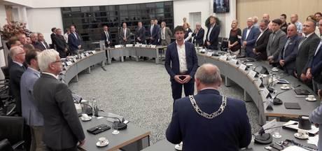 VVD'er Reinier Geerligs beëdigd als commissielid in Rijssen-Holten