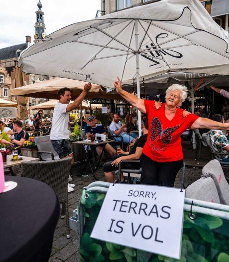 Burgemeesters tegenover kabinet in terraskwestie: 'Neem een gecalculeerd risico'